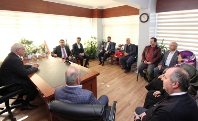 MÜSİAD' dan Ak Parti Adapazarı İlçe Başkanı Ak'a Hayırlı Olsun Ziyareti