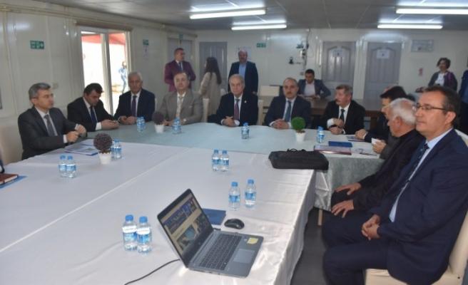 Karasu'da Balıkçıların Sorunu Barınak İle Çözülüyor