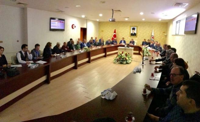 """Vali Balkanlıoğlu """"Sakarya'da Huzurlu Okul Güvenli Eğitim"""" Toplantısına Başkanlık Etti"""