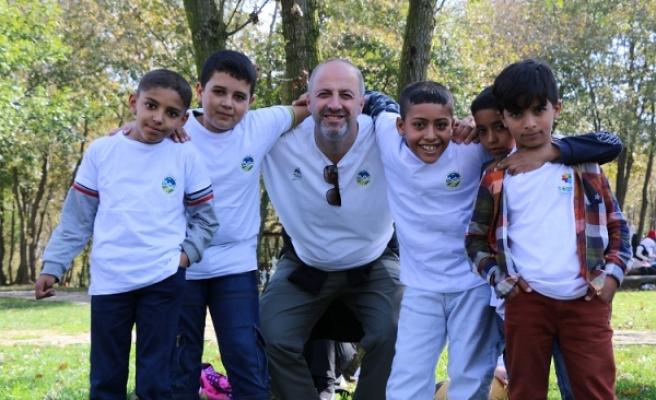 Sığınmacı minikler Macera Park'a konuk oldu