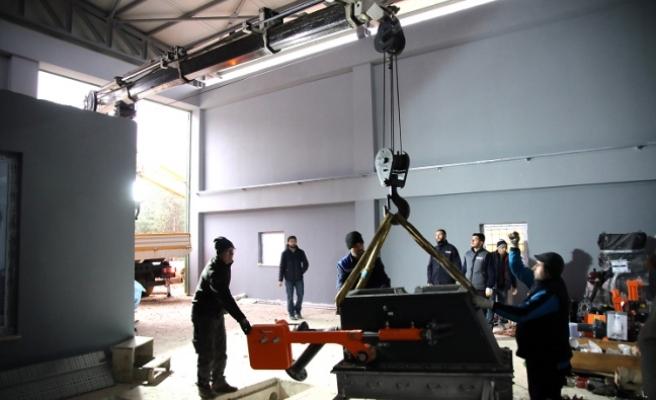 Keremali HES'te türbin montajı başladı