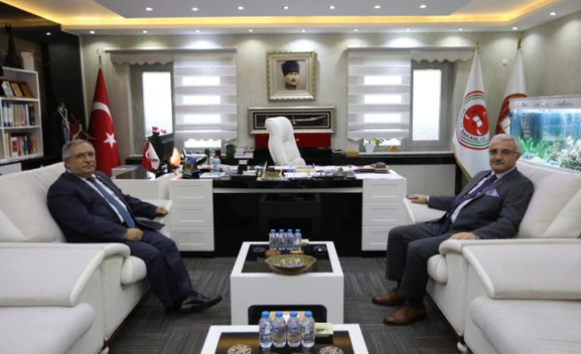 Vali Nayir'den Adli Yargı Mensuplarına İade-i Ziyaret