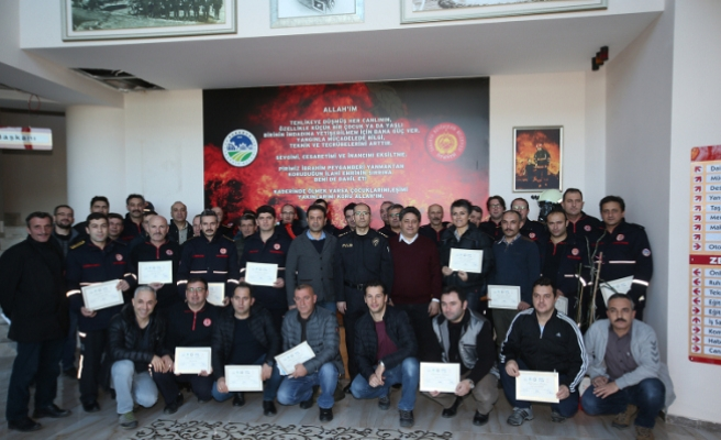 İtfaiyecilere 'Yangın Sonrası Olay Yeri İnceleme' sertifikası