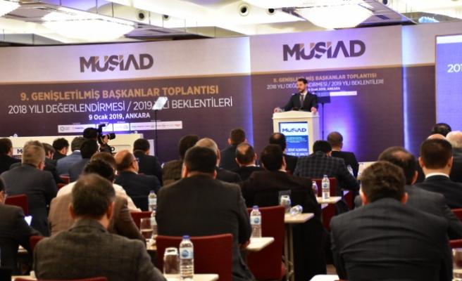 MÜSİAD Sakarya Başkanı, Hazine ve Maliye Bakanı Berat Albayrak ile görüştü.