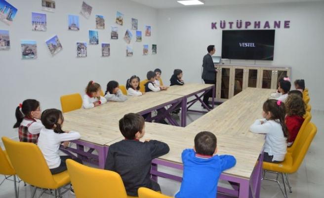 Çok Amaçlı Modern Kütüphane Akyazı'da Açıldı