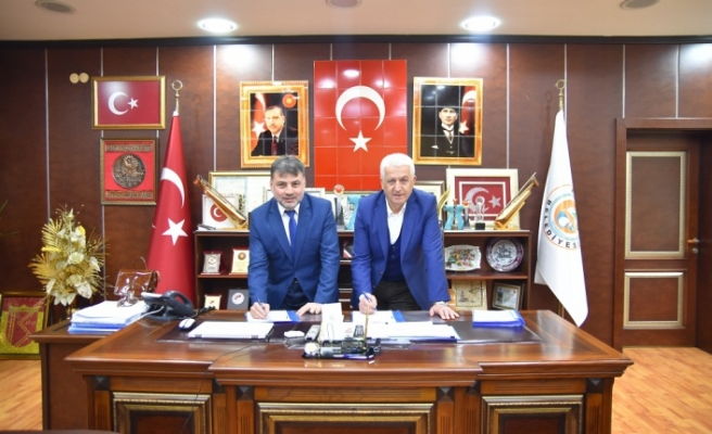 Karasu Belediyesi Toplu İş Sözleşmesini İmzaladı