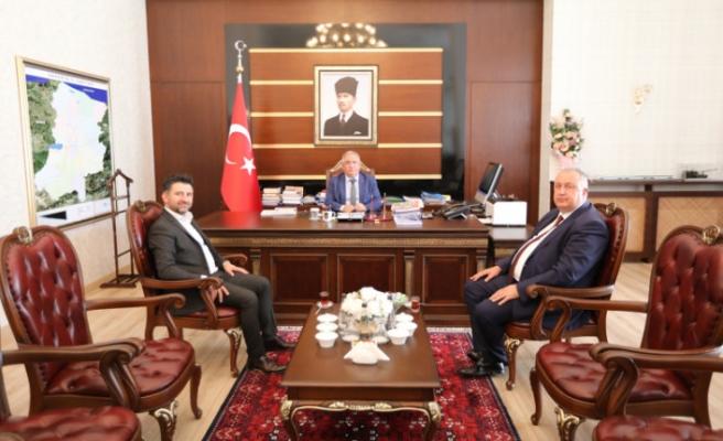 Söğütlü Belediye Başkanı Özten Vali Nayir'i Ziyaret Etti