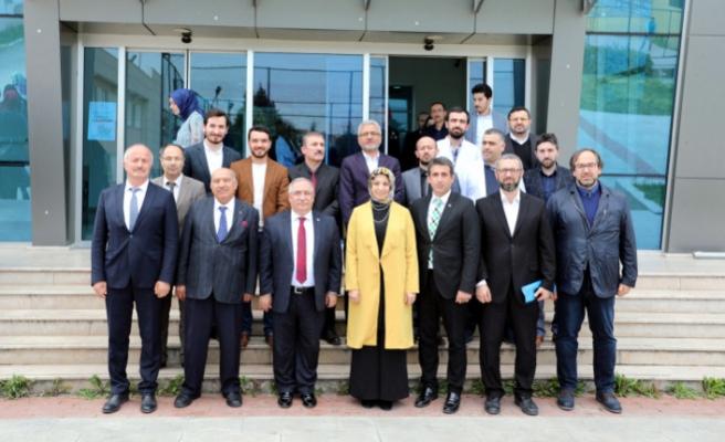 Vali Nayir Şehit Bülent Yurtseven İmam Hatip Ortaokulunu Ziyaret Etti