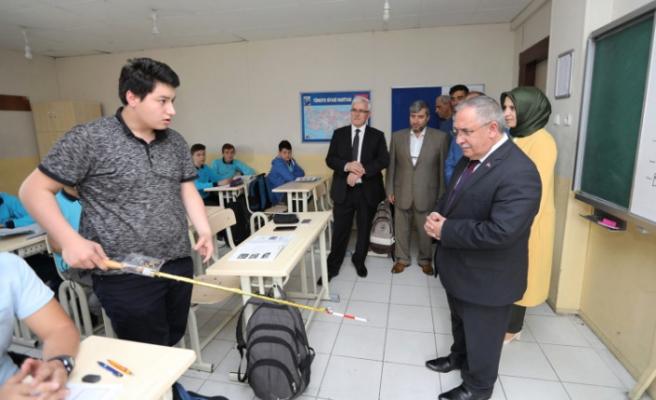 Vali Nayir'den Anadolu İHL Proje Okuluna Ziyaret