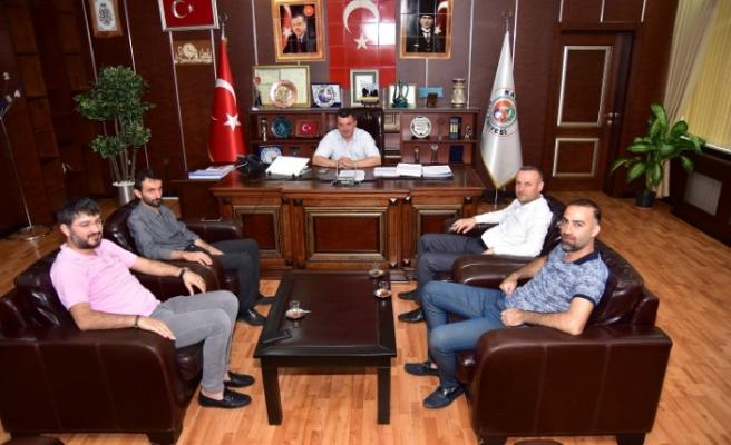 Başkan Sarı, AK Parti ve MHP İlçe Teşkilatlarıyla Bir Araya Geldi