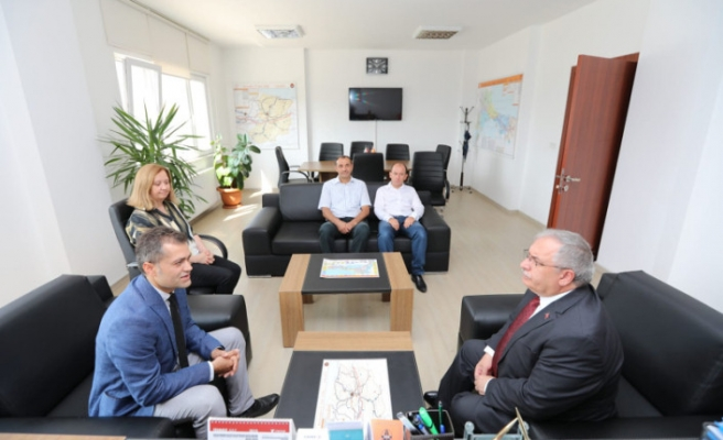 Vali Nayir Karayolları 17. Şube Şefliğini Ziyaret Etti