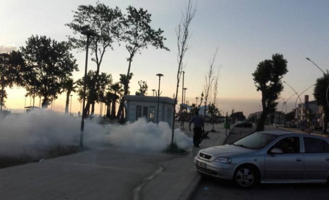 Karasu'da İlaçlama Çalışmaları Sürüyor