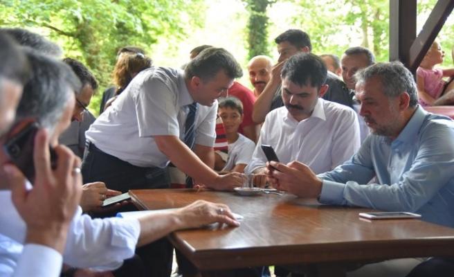 Çevre ve Şehircilik Bakanı Kurum, Afet Bölgesini Gezdi