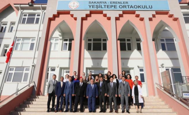 Vali Nayir Bu Hafta Yeşiltepe Ortaokulunu Ziyaret Etti