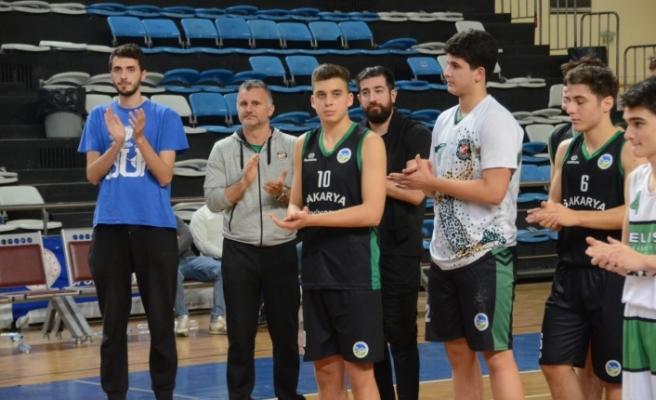 Basketbolda namağlup şampiyon Büyükşehir