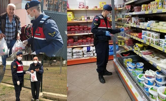 Jandarma Yaşlılarının Yanında