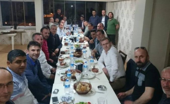 Akif Yener 25 yıl sonra Sınıf arkadaşlarıyla buluştu