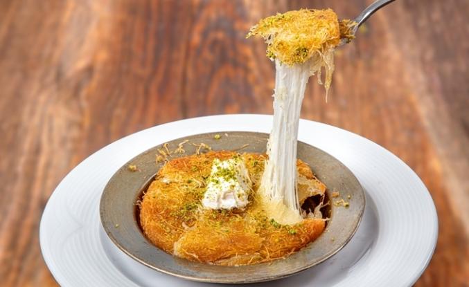 Kendi mutfağının şeflerine özel künefe peyniri Kaya Çiftliği'nden