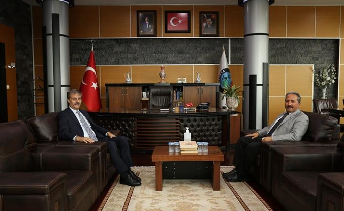 Kaymakam Candan'dan, Başkan Alemdar'a İade-i Ziyaret
