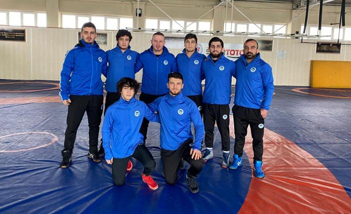 Olimpik Grekoromende Büyükşehirli 5 sporcu Milli takıma seçildi