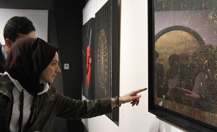 'Hakikat' Kaligrafi sergisi beğeni kazandı