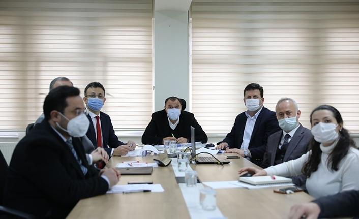 Akyazı İlçesinde COVID-19 İle Mücadele Toplantısı Gerçekleştirildi